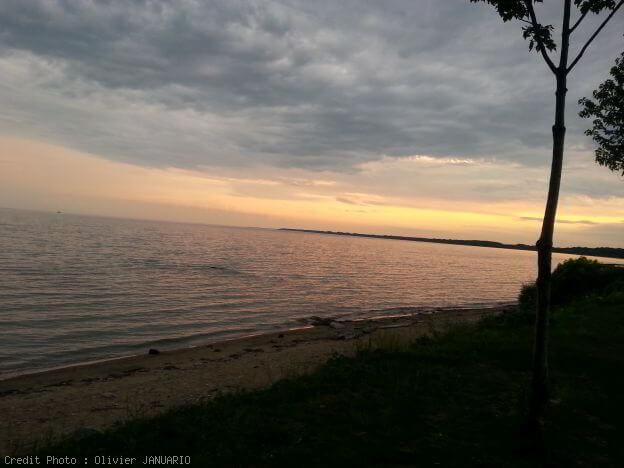 Fleuve Saint Laurent au coucher de soleil