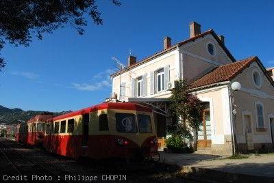 Train corse en Gare de Calvi