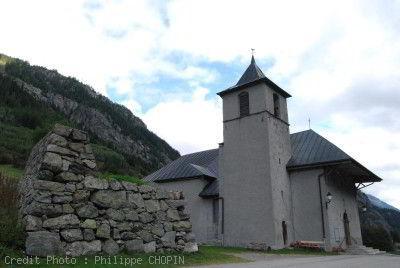 Tour du Mont Blanc Eglise Saint Bernard