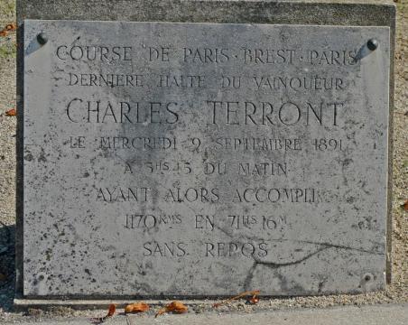 Plaque Charles Terront