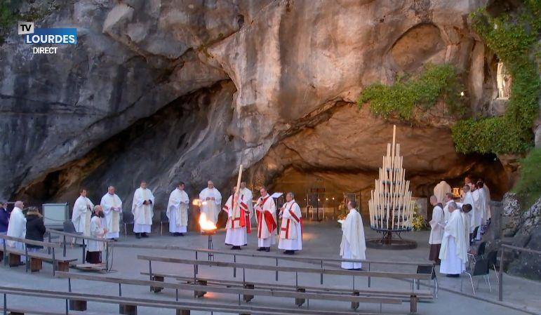 Lourdes sanctuaire de la grotte