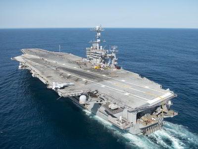 porte-avions américain